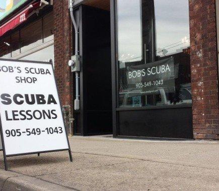 Scuba Lessons Sign